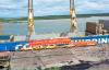 【速搜资讯】中国首个海外高铁项目:雅万高铁首批50米长钢轨运抵印尼