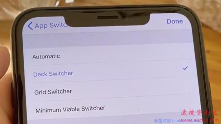 苹果iOS 14测试版最多可并排显示4款应用,并展示新的多任务视图