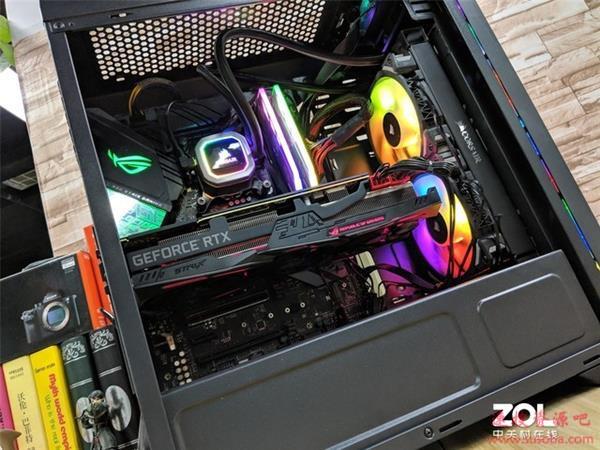 主板装两颗CPU:性能会更强吗?