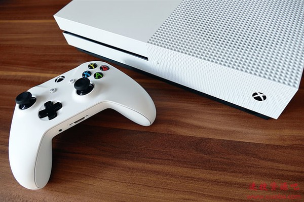 Xbox One内测贴心功能:可用手柄弹出光驱了