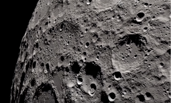 NASA放出4K高清视频展示月球样貌:震撼