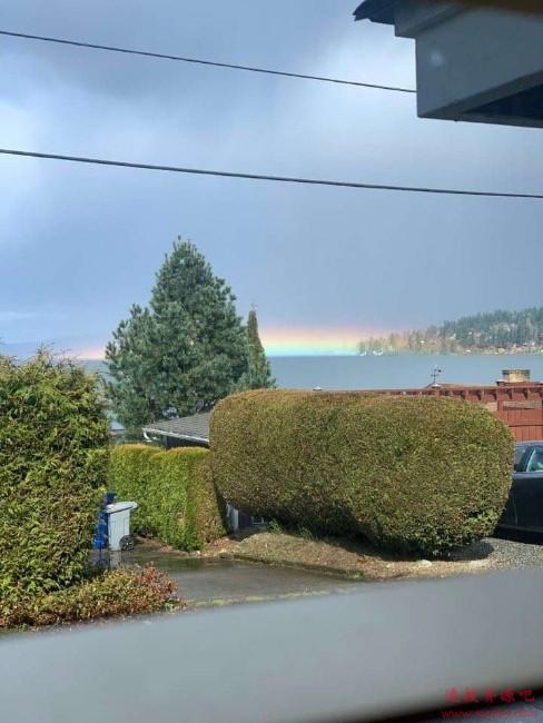 水平的彩虹见过吗?