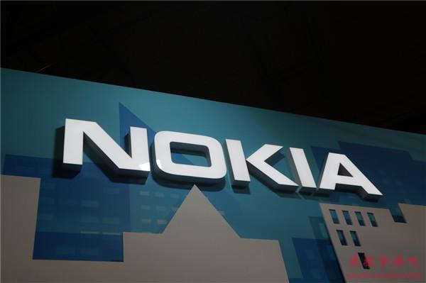 诺基亚5.3真机上手照曝光:4000mAh电池的大屏四摄千元机