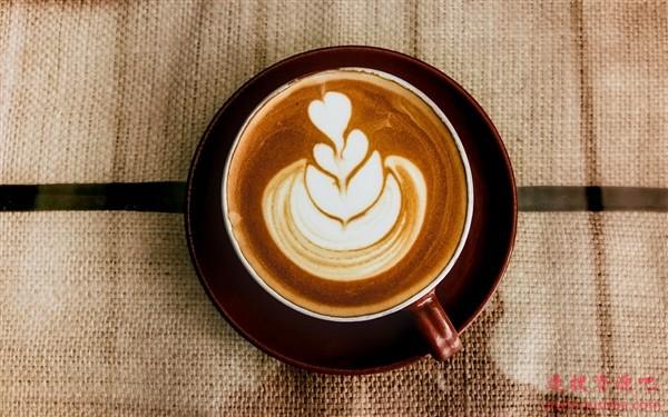 瑞幸咖啡股票不再跌了 官方宣布停牌:等待披露重要消息