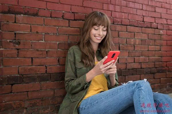 一加手机首次支持无线充电:一加8确认30W无线充 和有线一样快