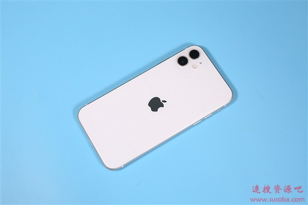 iPhone XR、新款iPhone SE同价:3799元你买谁?