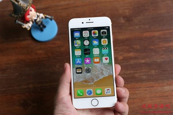 库克:iPhone SE比最快的Android手机都要快