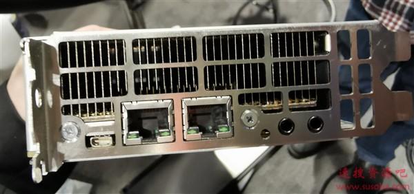 Intel VCA2媒体加速卡终结:三颗至强排排坐