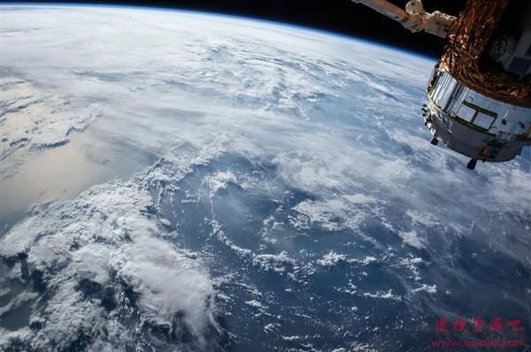 """为构建更安全的GPS奠基!""""墨子号""""卫星首次实现量子安全时间传递"""