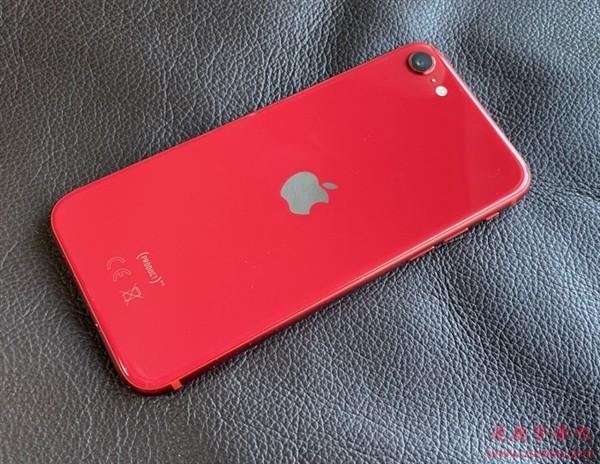 消息称新款iPhone SE将带动苹果手机整体销量:成本只有售价一半