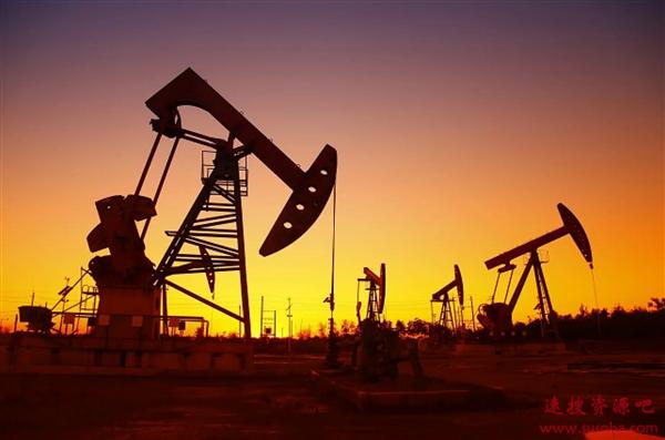 """油价跌成白菜 国内为何会有""""地板价""""?中石油回应"""