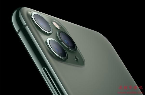 120Hz+OLED屏下指纹 iPhone 12售价4599起?
