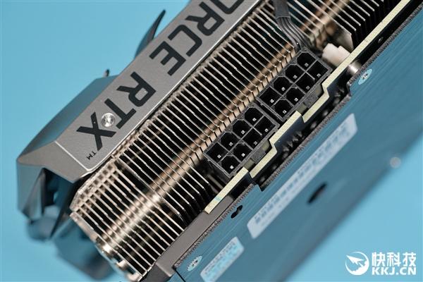 【速搜资讯】大红圈风扇亮眼:七彩虹iGame RTX 3070 Advanced OC显卡图赏