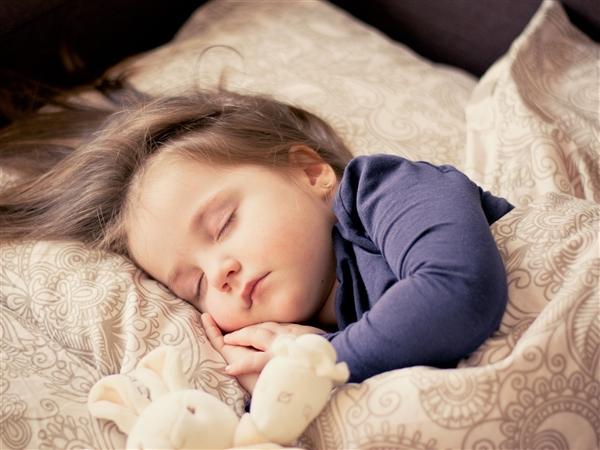 【速搜资讯】新冠疫情致整体入睡时间延迟2到3小时:你几点睡?