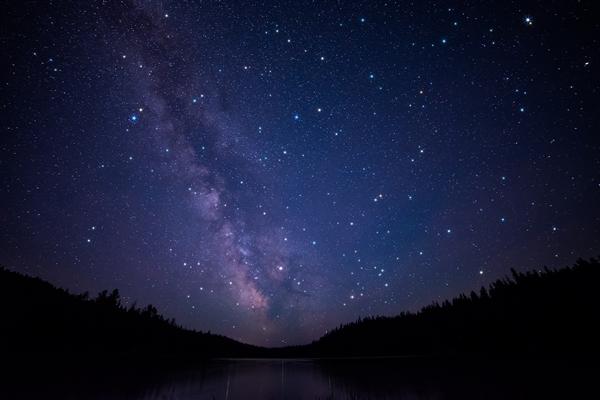 【速搜资讯】95后患病小伙看30万张星图发现6颗新天体 网友:太励志!