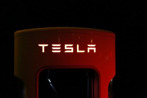 【速搜资讯】美国之后 特斯拉将在中国召回20428辆Model S和15698辆Model X