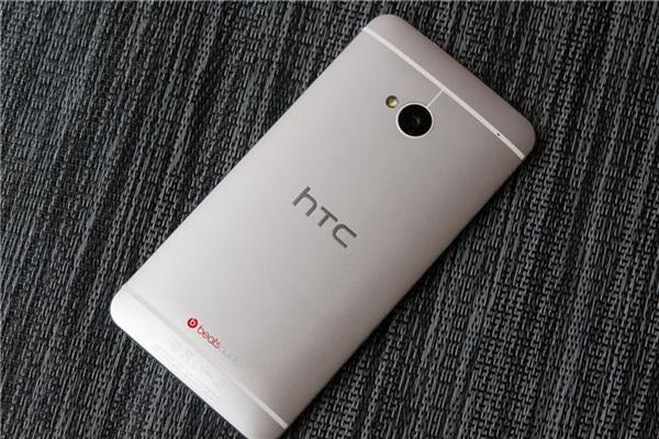 【速搜资讯】安卓经典神机HTC M7的设计师:跳槽苹果了